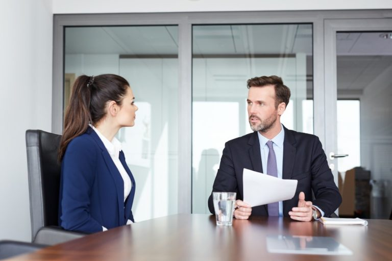 Recruiter and applicant in an interview