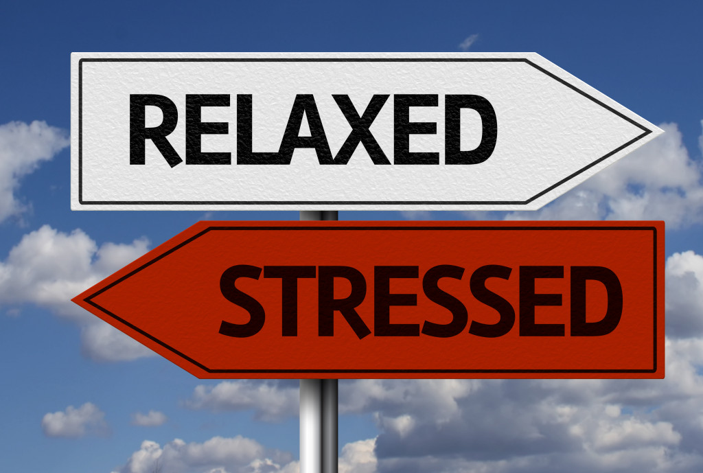 """A signboard indicating the words """"relaxed"""" and """"stressed"""""""